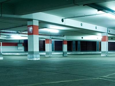 Limpieza de grandes aparcamientos