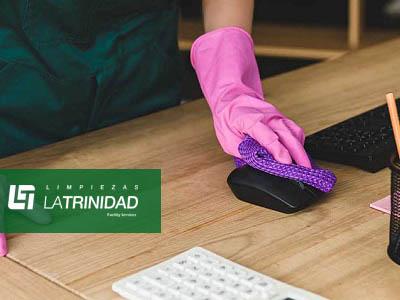 ¿Necesitas un servicio de limpieza de oficinas?