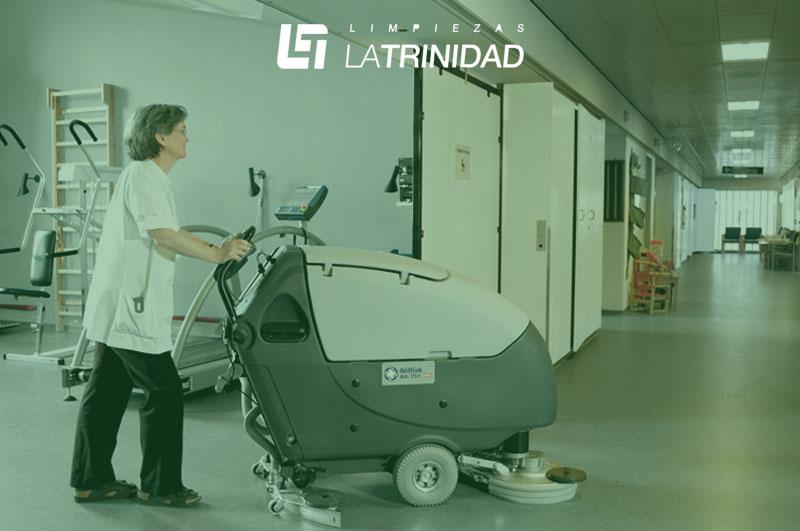 Maquinaria de limpieza profesional para tipos de limpieza industrial