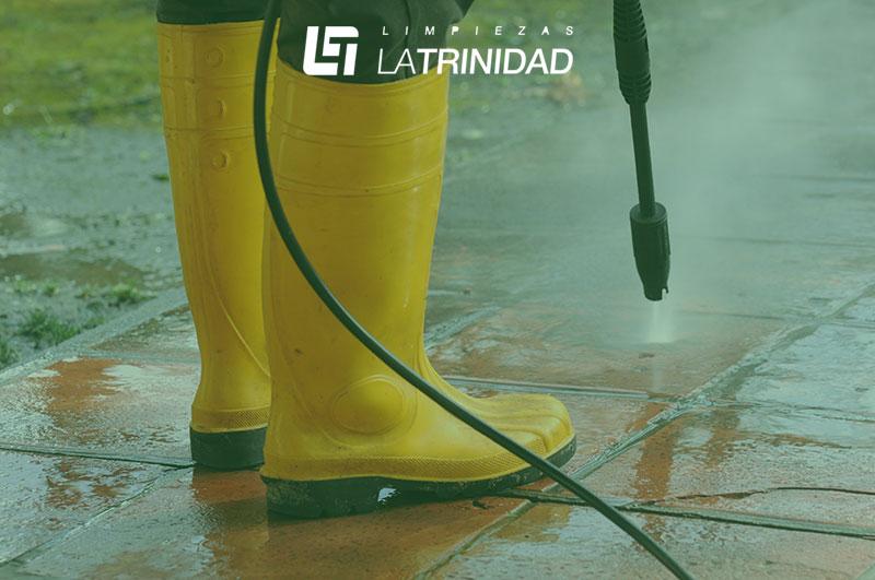 tipo de Limpieza industrial con agua a presión